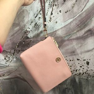 Authentic Tory Burch Wristlet - New